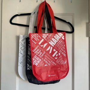 3 Lululemon reusable bags